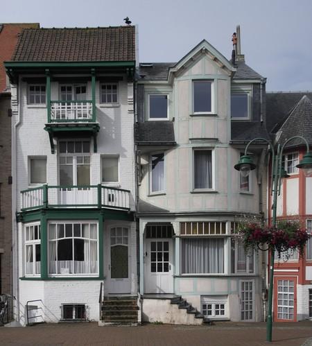 Koning Albertplein 3, La Panne, Villa 'Linette' (© T. Verhofstadt, photo 2019)