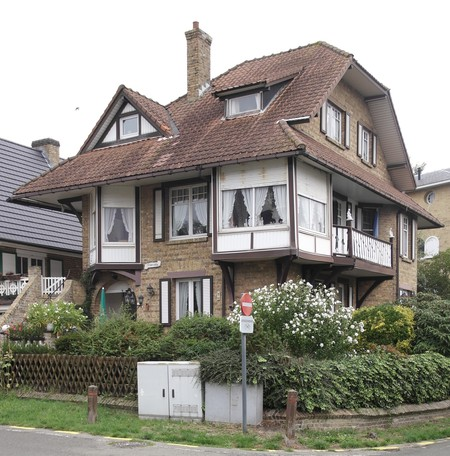 Halmenstraat 2, La Panne, Villa 'Primrose' (© T. Verhofstadt, photo 2019)