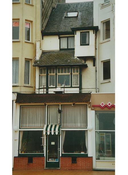 Zeedijk, La Panne, Villa 'Ma Coquille' (© T. Verhofstadt, photo 2001)