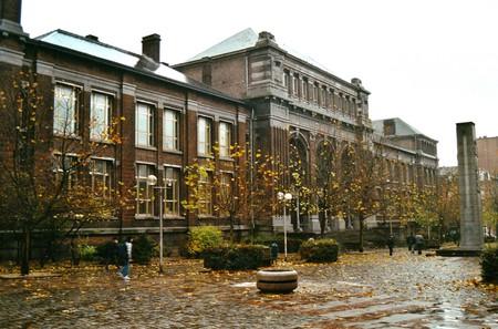 Boulevard Gustave Roulier 1, Charleroi, Université du Travail - Bâtiment Gramme (© T. Verhofstadt, photo 2001)