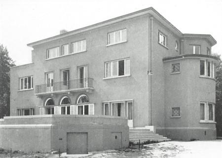 Rue Maria de dorlodot 4, Suarlée, Château de la Bouverie (© Dumont, Dumont & Van Goethem, Quelques travaux d'architecture, [1939], p. 44)