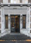 Boulevard Gustave Roulier 1, Charleroi, Université du Travail - Bâtiment Gramme, entrée ( ©ARCHistory, photo 2018)