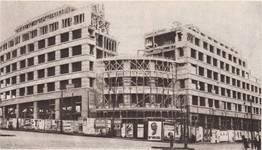 Rue Ravenstein 48-70 et Cantersteen 39-55, Bruxelles, Shell Building (© Bâtir, 22, 1935, p. 848)