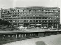 Rue Ravenstein 48-70 et Cantersteen 39-55, Bruxelles, Shell Building vers 1950 (© Fondation CIVA Stichting/AAM, Brussels)