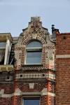 Rue Thomas Vinçotte 44, Schaerbeek, maison pour le peintre Herman Richier, pignon (© urban.brussels)