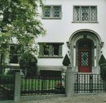 Avenue Henri Pirenne 21, Uccle, entrée (© T. Verhofstadt, photo 2001)