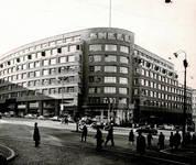 Rue Ravenstein 48-70 et Cantersteen 39-55, Bruxelles, Shell Building, vers 1950  (© Cercle d'Histoire de Bruxelles)