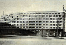 Rue Ravenstein 48-70 et Cantersteen 39-55, Bruxelles, Shell Building, perspective aile Ravenstein (© Bâtir, 22, 1934, p. 837)