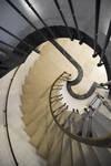 Galerie Ravenstein, Bruxelles, entrée vers les bureaux, cage d'escalier (© ARCHistory, photo 2019)