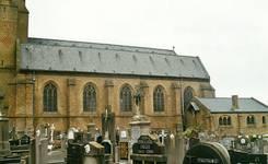 Parochiekerk Sint-Petrus, Loker, façade côté sud (© T. Verhofstadt, photo 2001)
