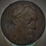 Albert Dumontlaan, La Panne, Monument commémoratif Albert Dumont, medaillon réalisé par Jules Lagae (© T. Verhofstadt, photo 2019)
