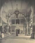 Boulevard Gustave Roulier 1, Charleroi, Université du Travail - Bâtiment Gramme, hall d'entrée (© L'Emulation, 6, 1913, pl. 32)