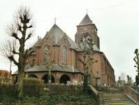 Parochiekerk Sint-Laurentius, Kemmel, vue sur le chœur (© T. Verhofstadt, photo 2001)