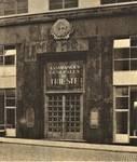 Rue Ravenstein 26-46, Bruxelles, Assurances Trieste, entrée (© Bâtir, 75, 1939, p. 78)