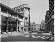 Galerie Ravenstein, Bruxelles, entrée côté rue Ravenstein en 1980 (© Fondation CIVA Stichting/AAM, Brussels)