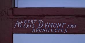 Zeedijk 55, La Panne, Villa 'Doudou' ou 'Titikot', signature des architectes sur la menuiserie (© T. Verhofstadt, photo 2019)