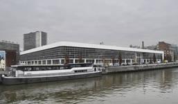 Place de l'Yser 7, Bruxelles, Citroën, ateliers, façades coté quai de la Voirie et des Péniches (© ARCHistory, photo 2017)
