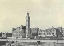 Bâtiments de l'ULB peu après leur achèvement en 1929 (Dumont, Dumont & Van Goethem, Quelques travaux d'architecture, [1939], p. 19).