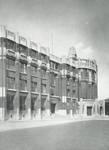 Boulevard de l'Abattoir 50, Bruxelles. Façade de l'École des Arts et Métiers (Dumont, Dumont & Van Goethem, Quelques travaux d'architecture, [1939], p. 24).